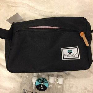 c2dc60eea6c0 foxwoods Bags - Toiletry bag   travel bottles